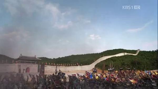 Koguryeo army attacks the Houyan border